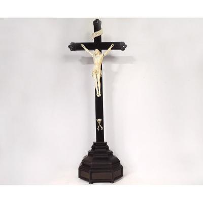 Grand Christ Ivoire Dieppe Crucifix Croix ébène Crâne Memento Mori XVIIème
