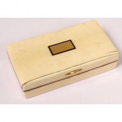 Snuff Box In Solid Gold Box 18 Carats Ivory Hallmark Bull Early Nineteenth Century