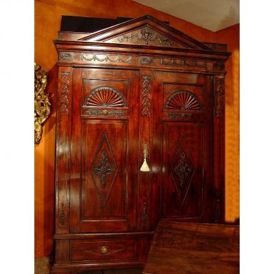 18 Th Century English Armoire