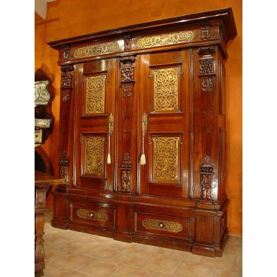 Rare  Early 17th German Armoire