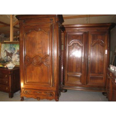 Armoire Bonnetiere Louis XV En Noyer