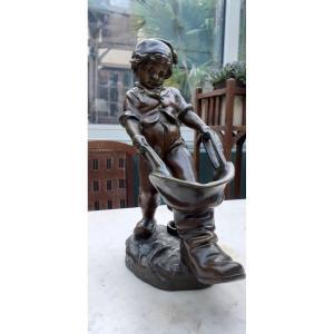 """statue en regule """"le petit Poucet"""""""