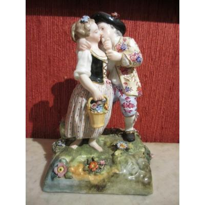 "Meissen Porcelain Group ""the Kiss""."