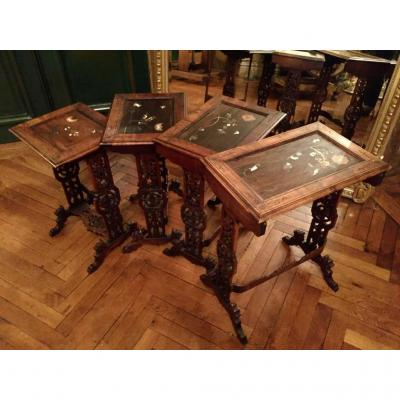 Tables Gigognes Attribuées à Daï-nippon