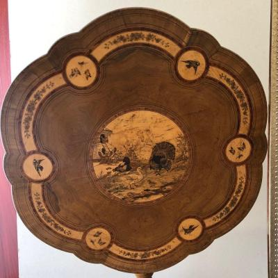 1900 Table Tilting And Polylobed Top In Marquetry And Pyrography With Naturalistic Decoration