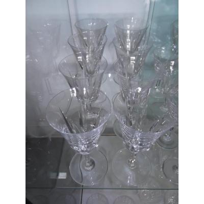 8 Saint Louis Crystal Wine Glasses