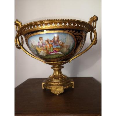 Coupe Bronze doré Et Porcelaine De Sevres
