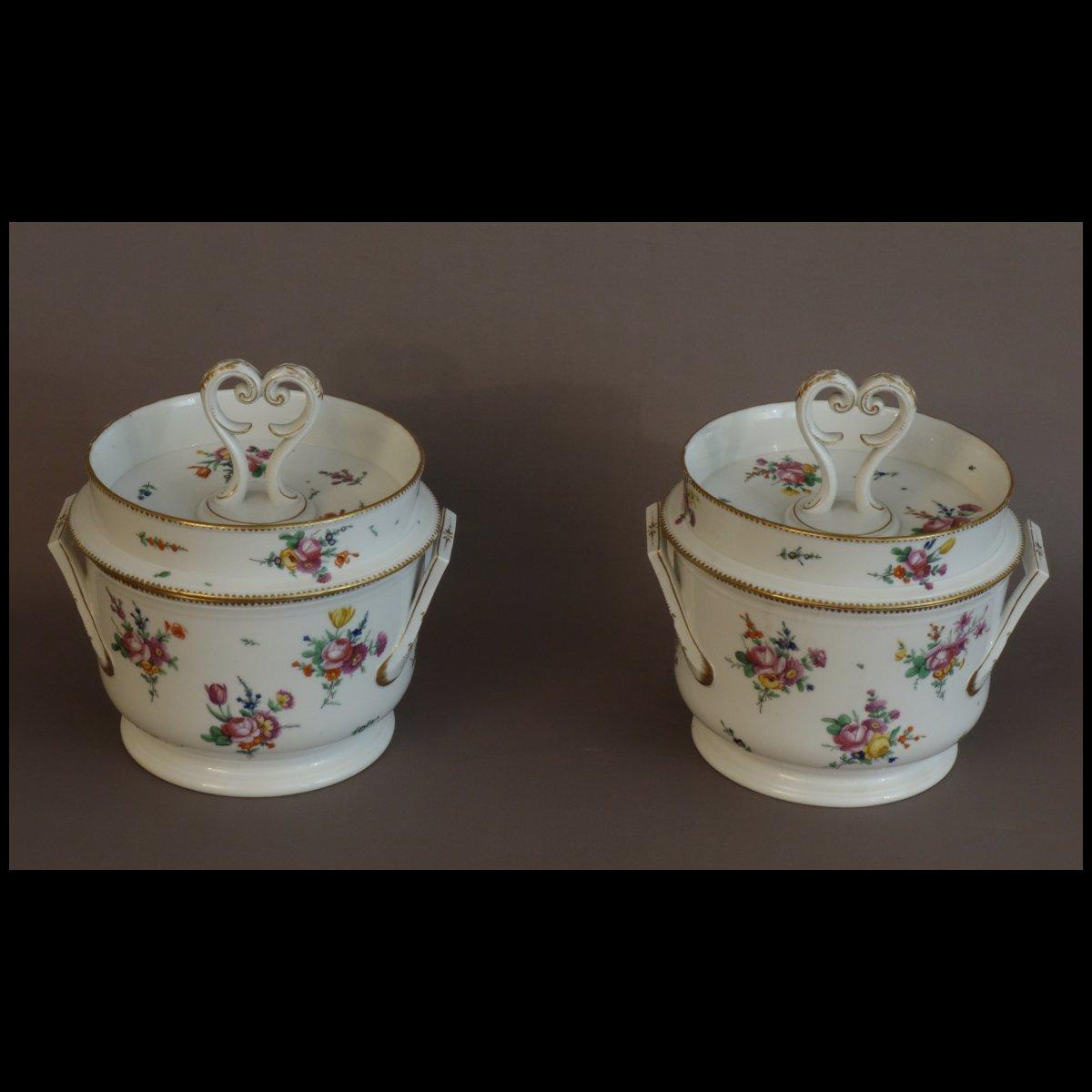 - Paire De Glacières De Table En Porcelaine XVIIIème