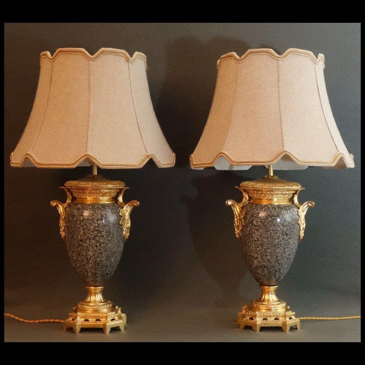 - Paire De Vases Granit Et Bronze XIXème