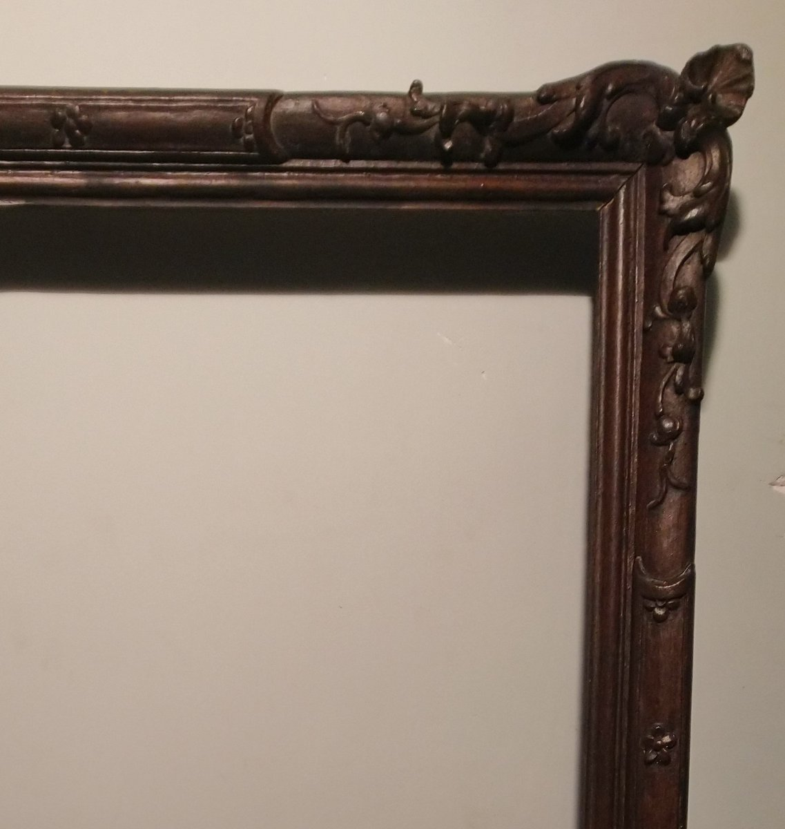 Louis XV Carved Wooden Frame From The 18th Century.