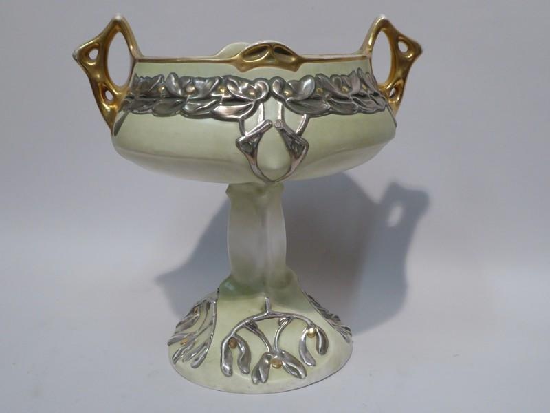 1900 Porcelain Table Center Cup
