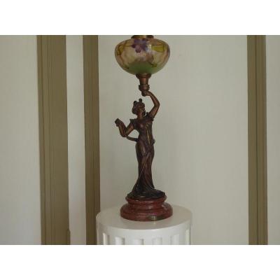 Lampe à Pétrole En Régule  Art Nouveau De Emile Bruchon 1880/1910