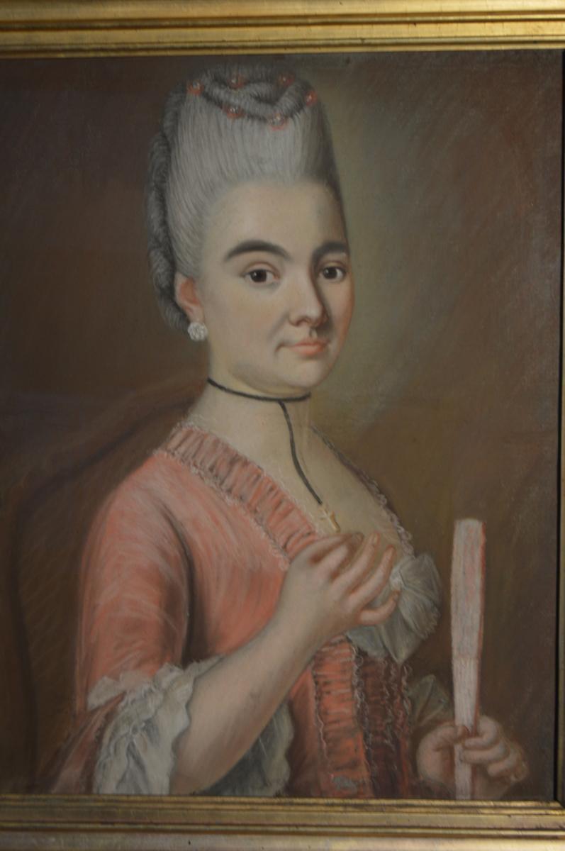 Pastel, Portrait d'Une Jeune Femme à l'éventail-photo-2