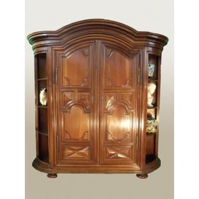 armoire louis xiv en noyer xviiie armoires. Black Bedroom Furniture Sets. Home Design Ideas