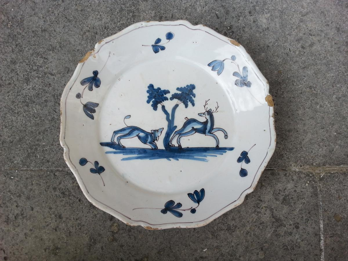 Plate. Earthenware. 19th.