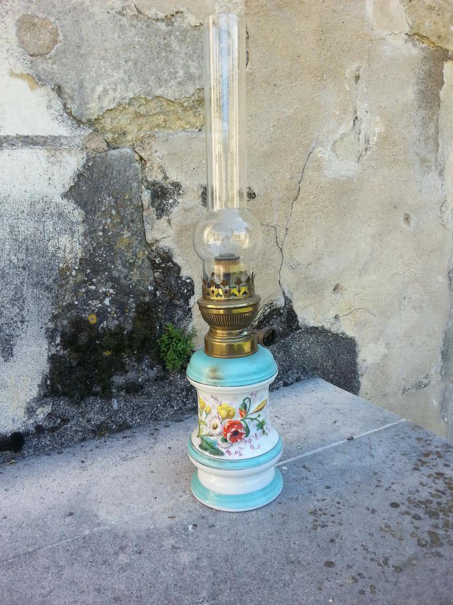 Lampe A Petrole Porcelaine 19eme Lampes