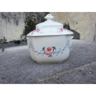 Sucrier. Porcelaine De Paris. 19ème.