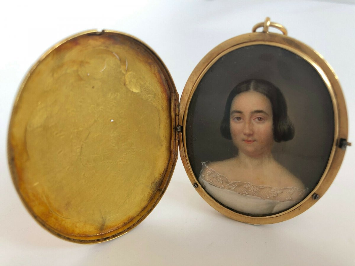 Bouvier Pendant In Gold S With Miniature Portrait Woman 19th