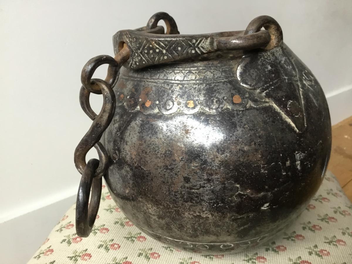 Chaudron , Art Populaire- Asie - XIXème