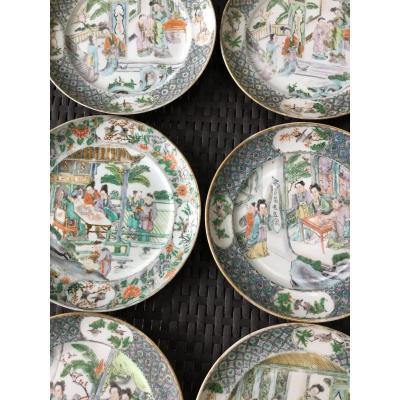 Assiettes En Porcelaine Famille Verte ,  Dynastie Quing, XVIIIème