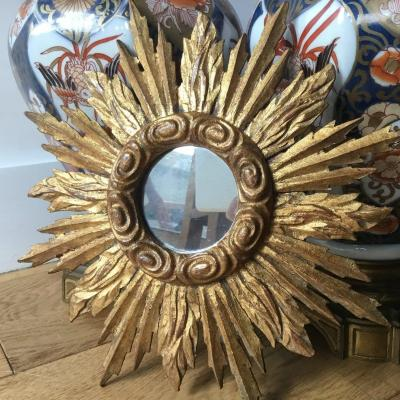 Smal Sun  Shaped  Miror In Gilded Wood
