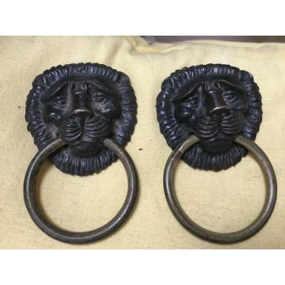 Lions Pull Handles In Bronze Two Patinas, Restoration