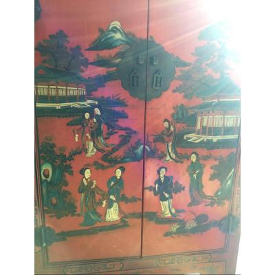Chinese Cabinet In Red Lacquer, Decor In Grisailles