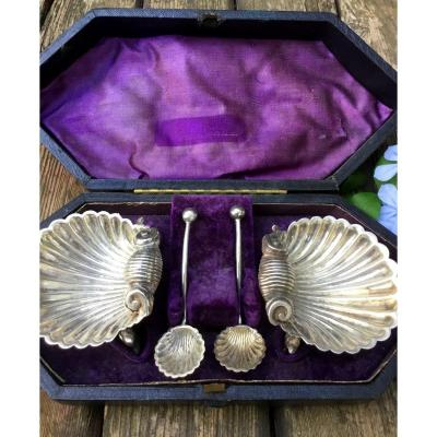 Pair Of Salerons Shell And Dolphins In Silver, XIXth
