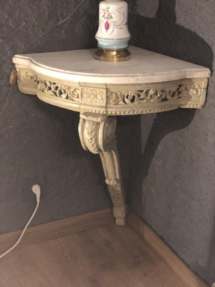 Petite Console D'angle galbée  En Bois Sculpté Et Peint époque Louis XVI