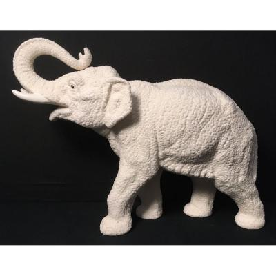 Éléphant En Porcelaine Crispée Perlée Art Déco.