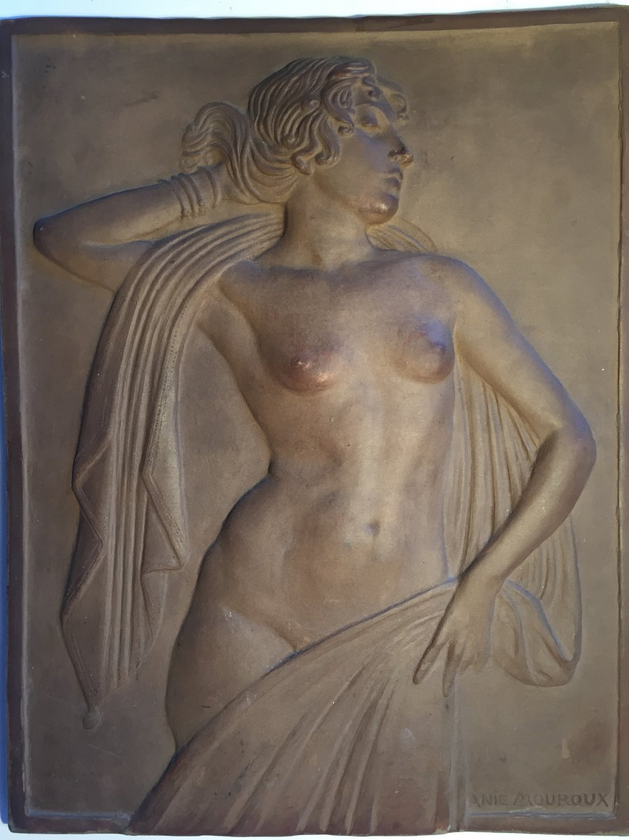 Female Nude. Annie Mouroux. Terracotta Plate.