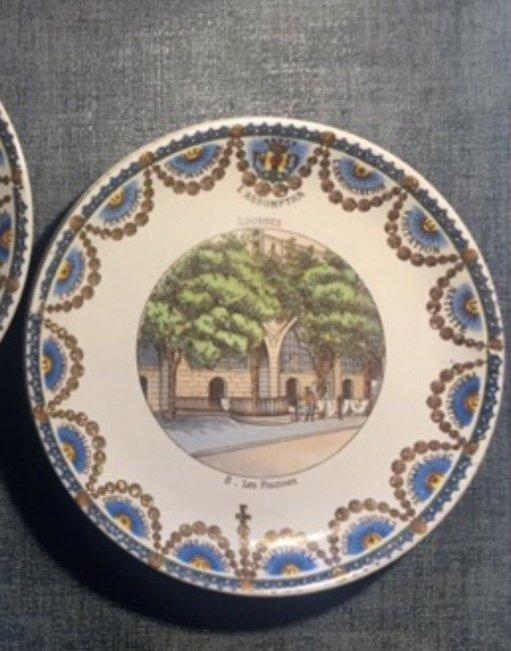Suite De 12 Assiettes Parlantes XIXème. Lourdes.-photo-5