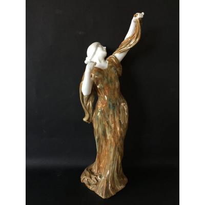 Céramique Art Nouveau. Grès émaillé et Biscuit. Danseuse.