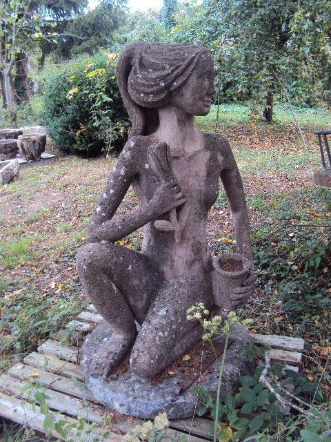 Statue De Jardin En Ciment