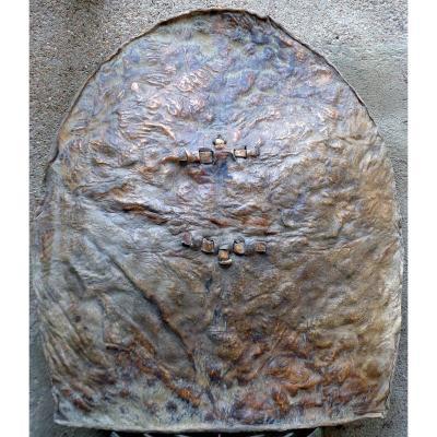 Bouclier en cuir, Wandala-Mandara . Cameroun. Début du XXéme siècle. TBE
