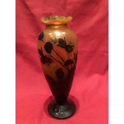 Vase pâte de verre attribué Daum Nancy