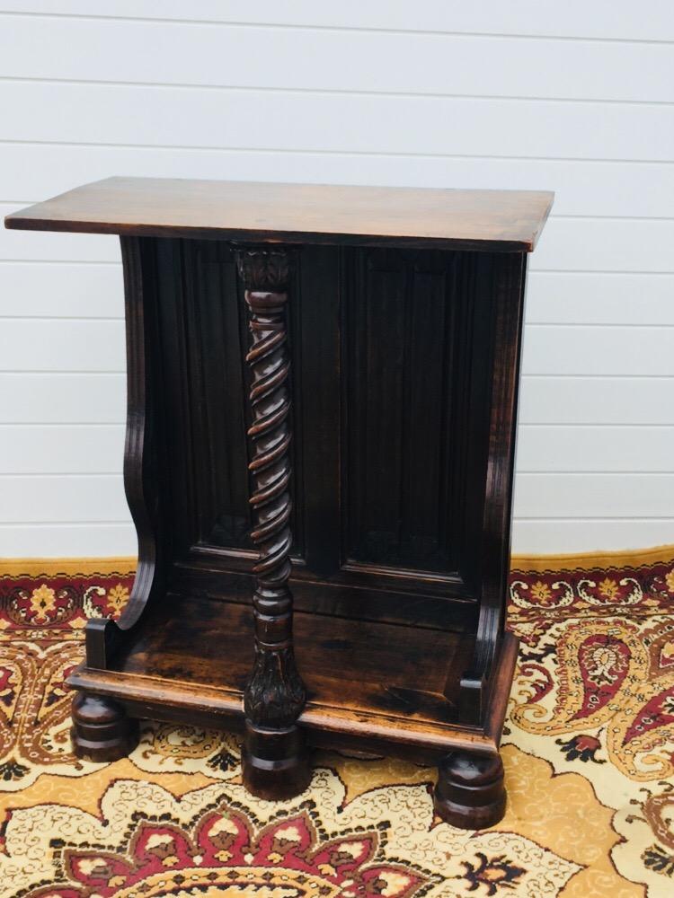 Walnut Console Louis XIII XIXth