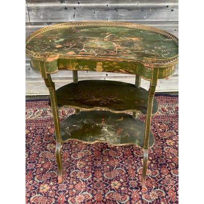 Kidney Table In Green Lacquered Wood, Napoleon III Period