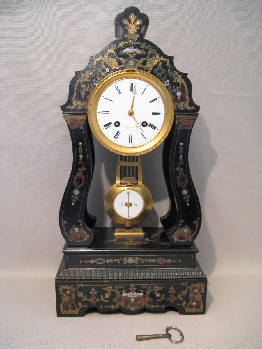 Pendule en marqueterie époque Napoléon III