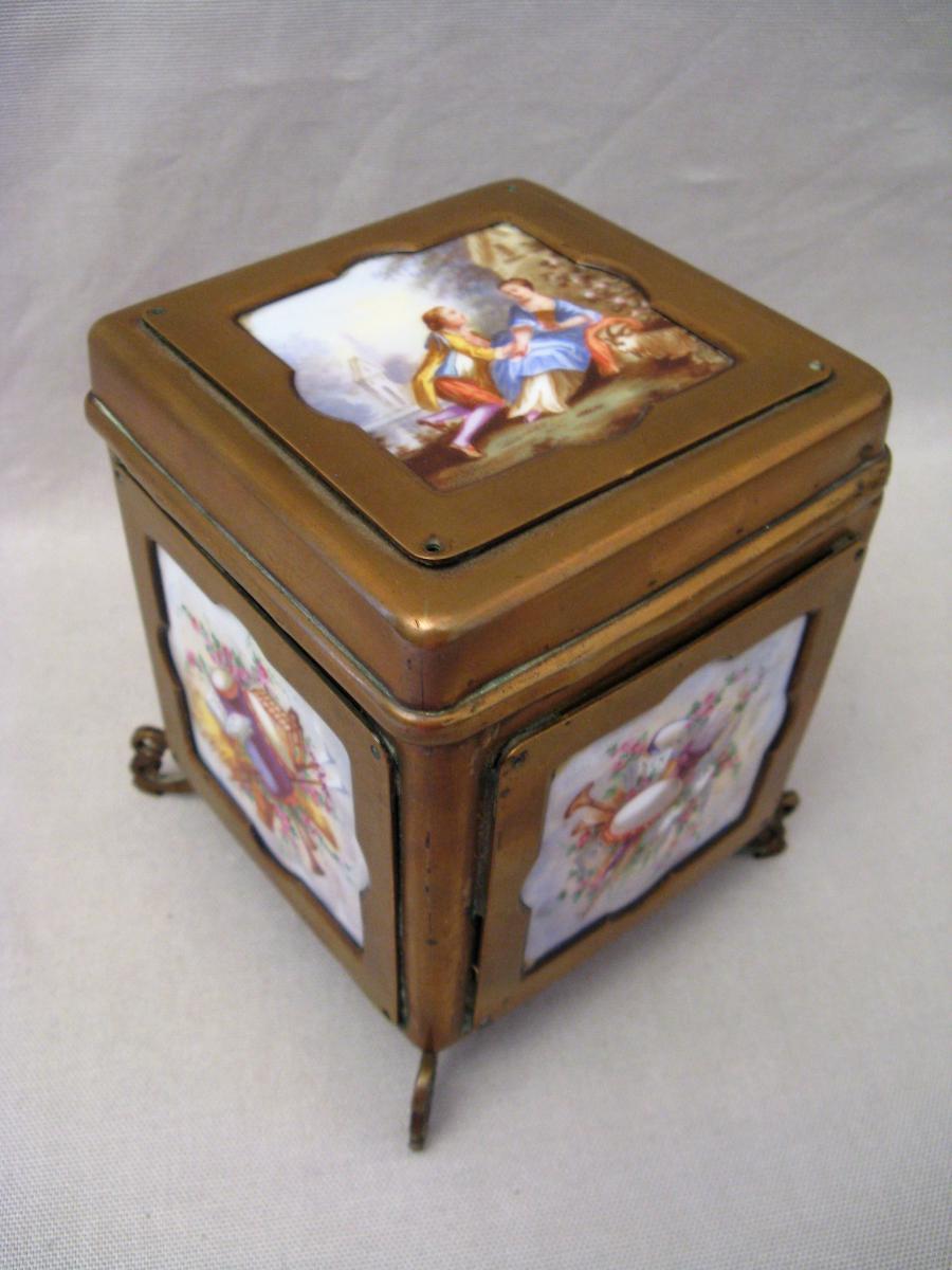 Boîte en laiton et porcelaine époque Napoléon III