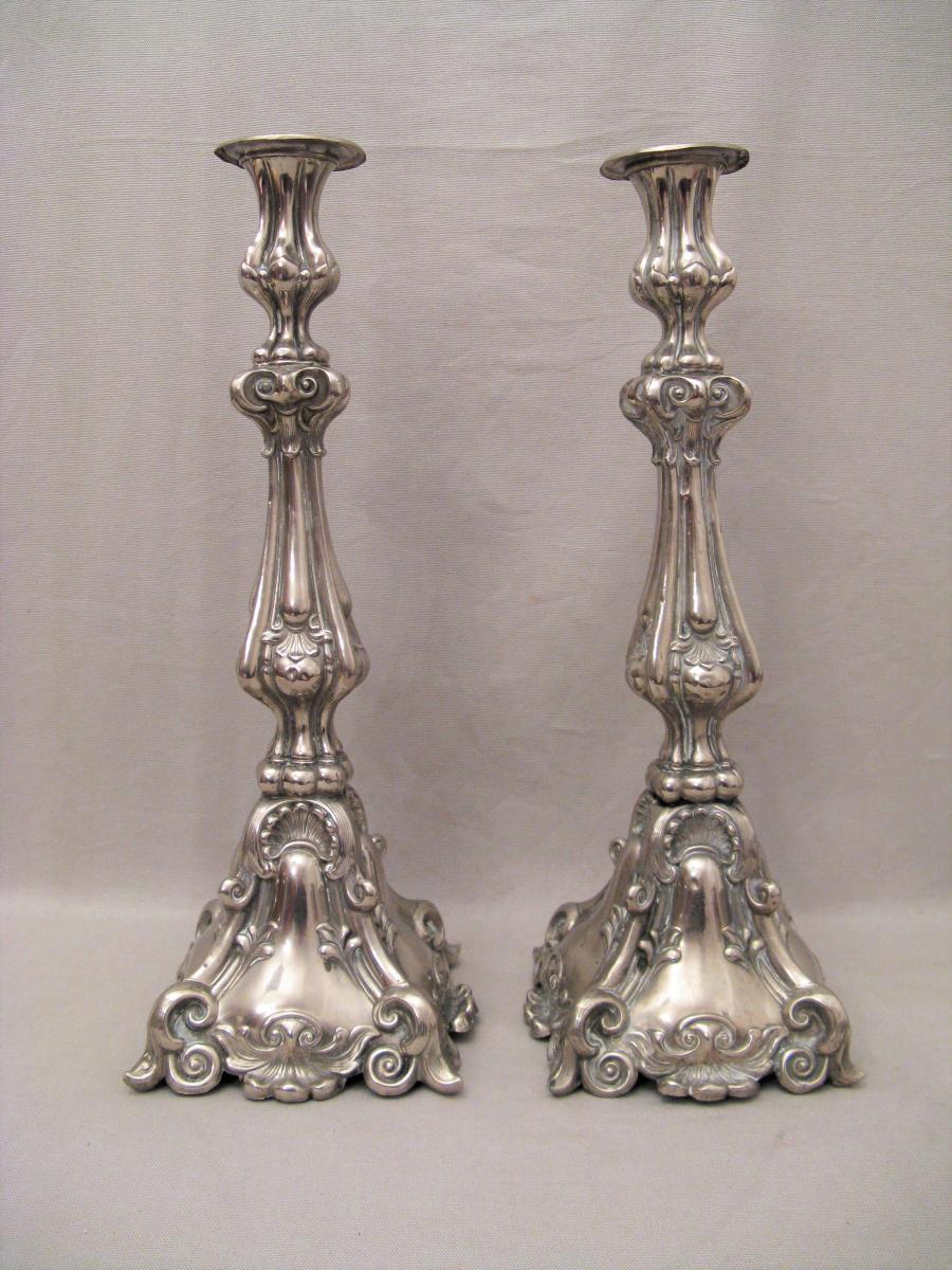 Paire de chandeliers d'église métal argenté XIX