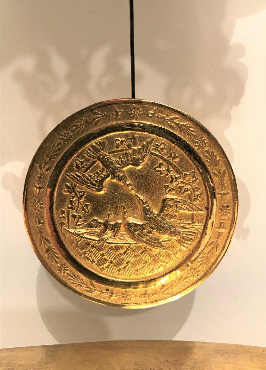 Pendule portique aux Egyptiennes en bronze doré époque Empire-photo-1