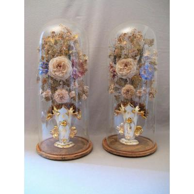 Paire de vases de mariés Vieux Paris avec globes