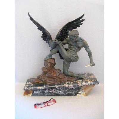 Sculpture en métal époque Art Déco l'aigle et l'homme