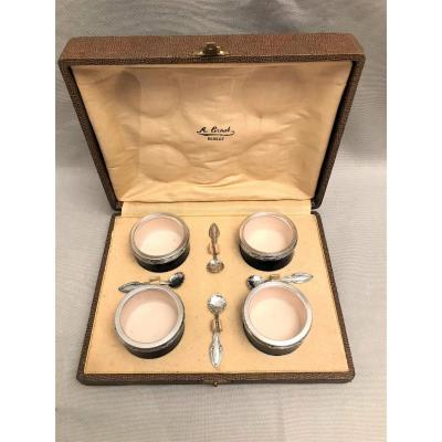 Four Sèvres Porcelain Salt Cellars And Massive Silver Neck Brace XIX Th Century