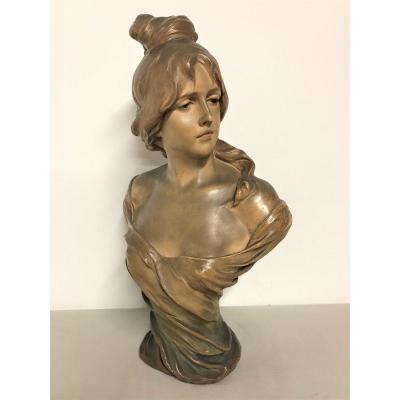 Terre cuite buste de femme par Goldscheider