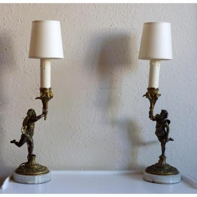 Paire De Lampes -bougeoirs En Bronze