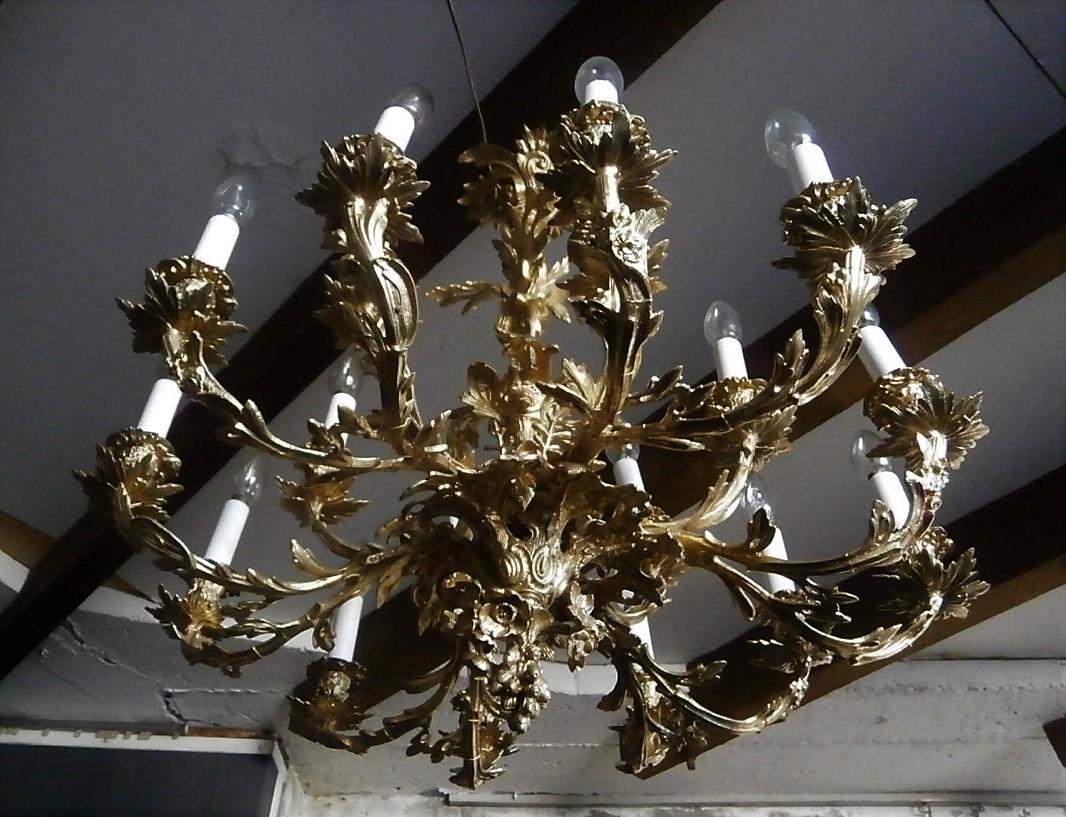 Rocaille Chandelier In Gilt Bronze