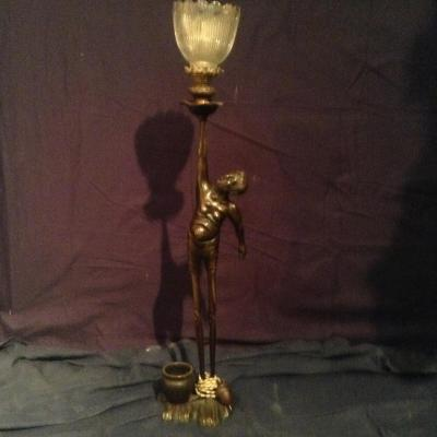 Bronze Asiatique Monté En Lampe Début XXème