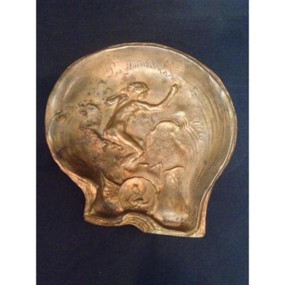 Sculpture Bronze Doré Femme Dans Les Vagues Signé Auguste Ledru Vide Poche XIXe